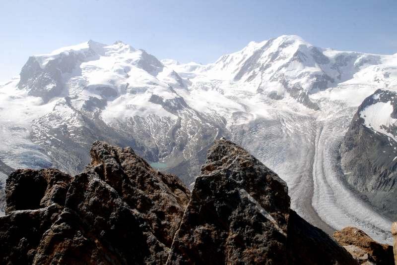スイス ハイキングと列車の旅 20...